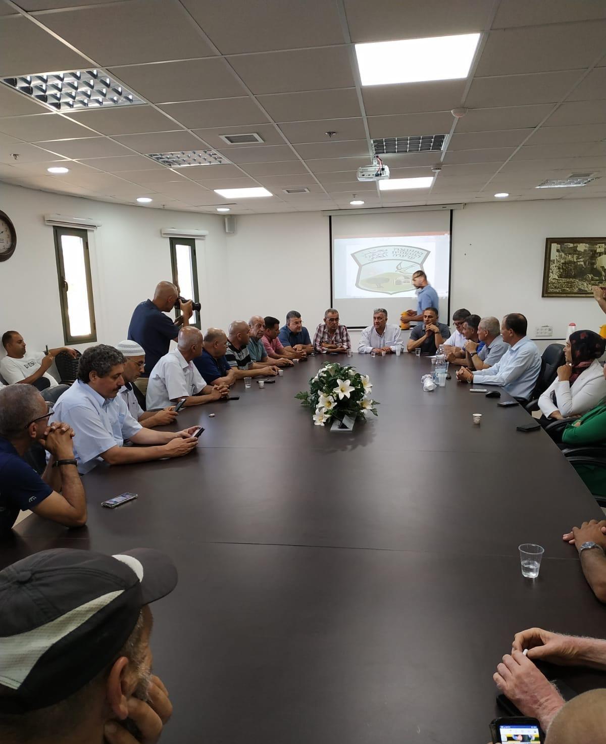 عرعرة: نقاش حول الخطوات الاحتجاجية في الاجتماع الطارئ المندّد بجريمة الهدم