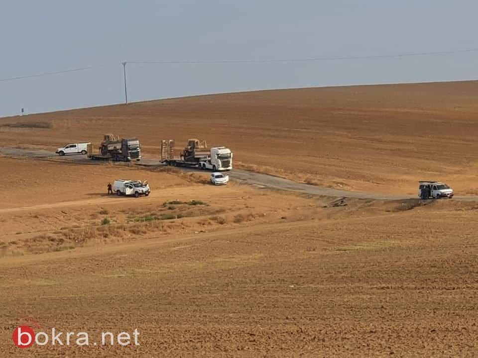 النقب: اهالي ام نميلة يستغيثون، بعد ان اقتحمت الجرافات اراضي الزيادنة-2