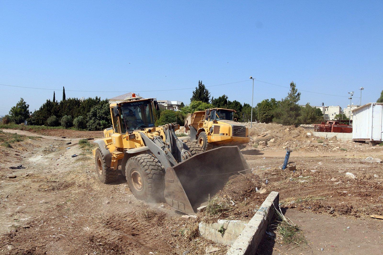 البدء بتطوير وادي الكسلان في المقيبلة لتحويله إلى حديقة عامة