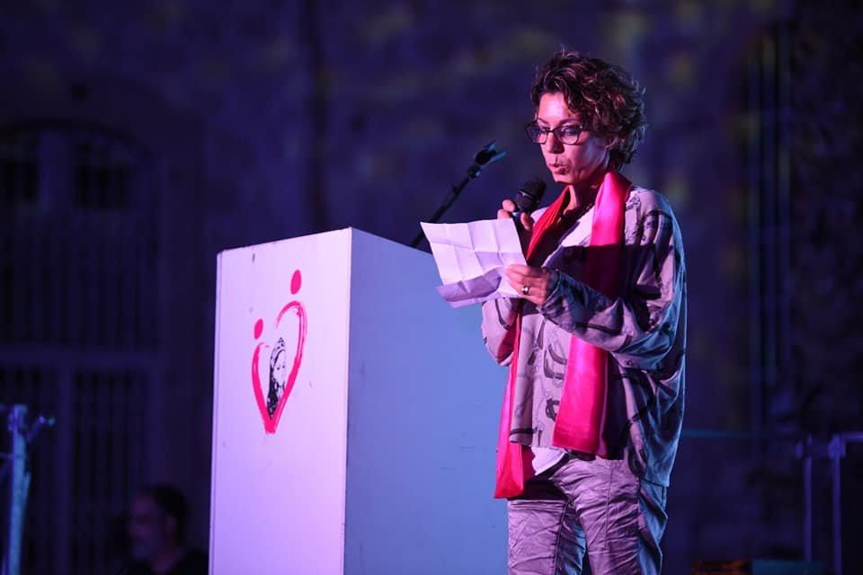 مريم تتألق في مستشفى رمبام بمشروعها السنوي أكتوبر زهر للتوعية بسرطان الثدي