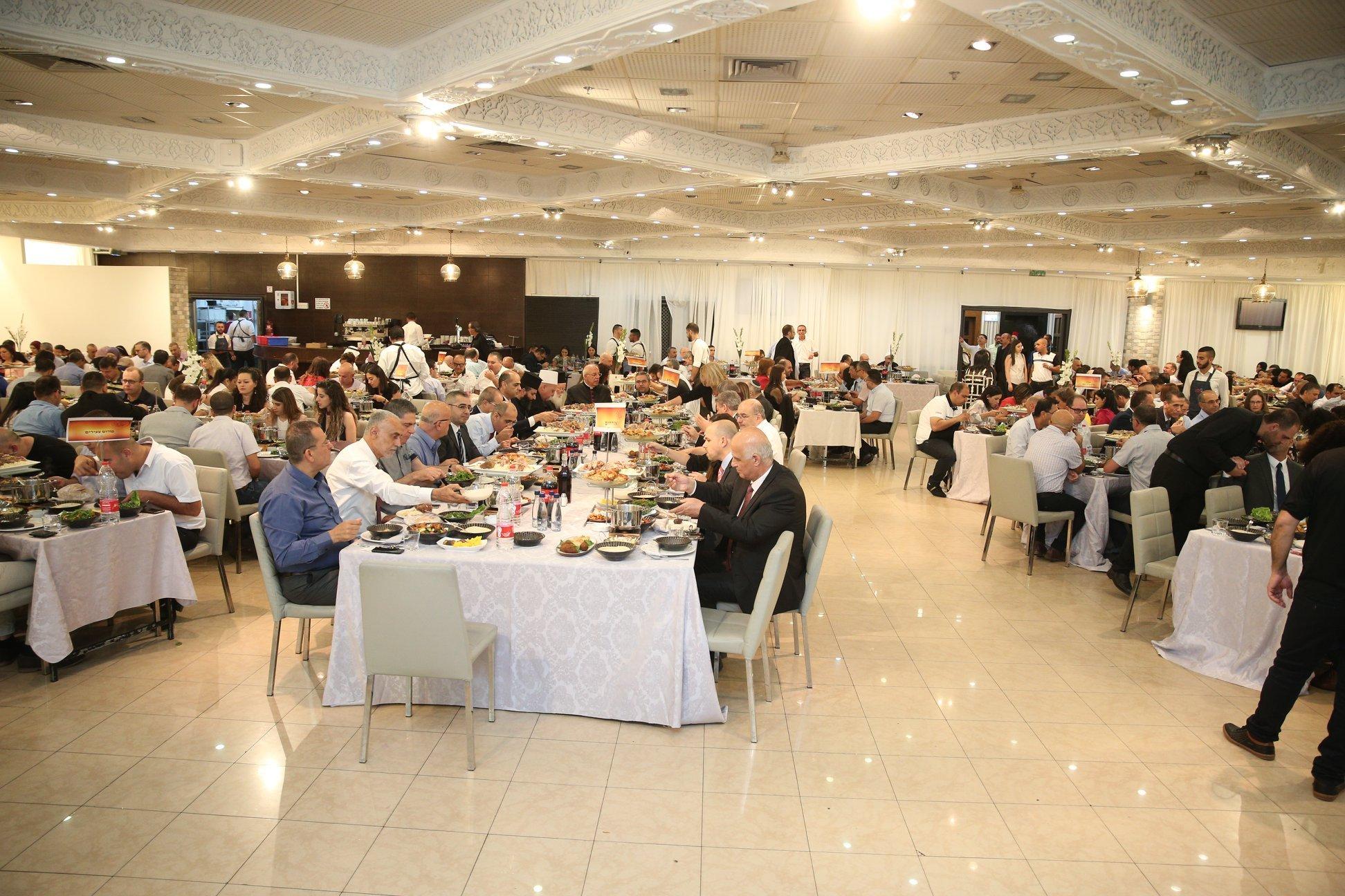 المئات من المحامين  والقضاة بالافطار الرمضاني للواء الشمال بنقابة المحامين