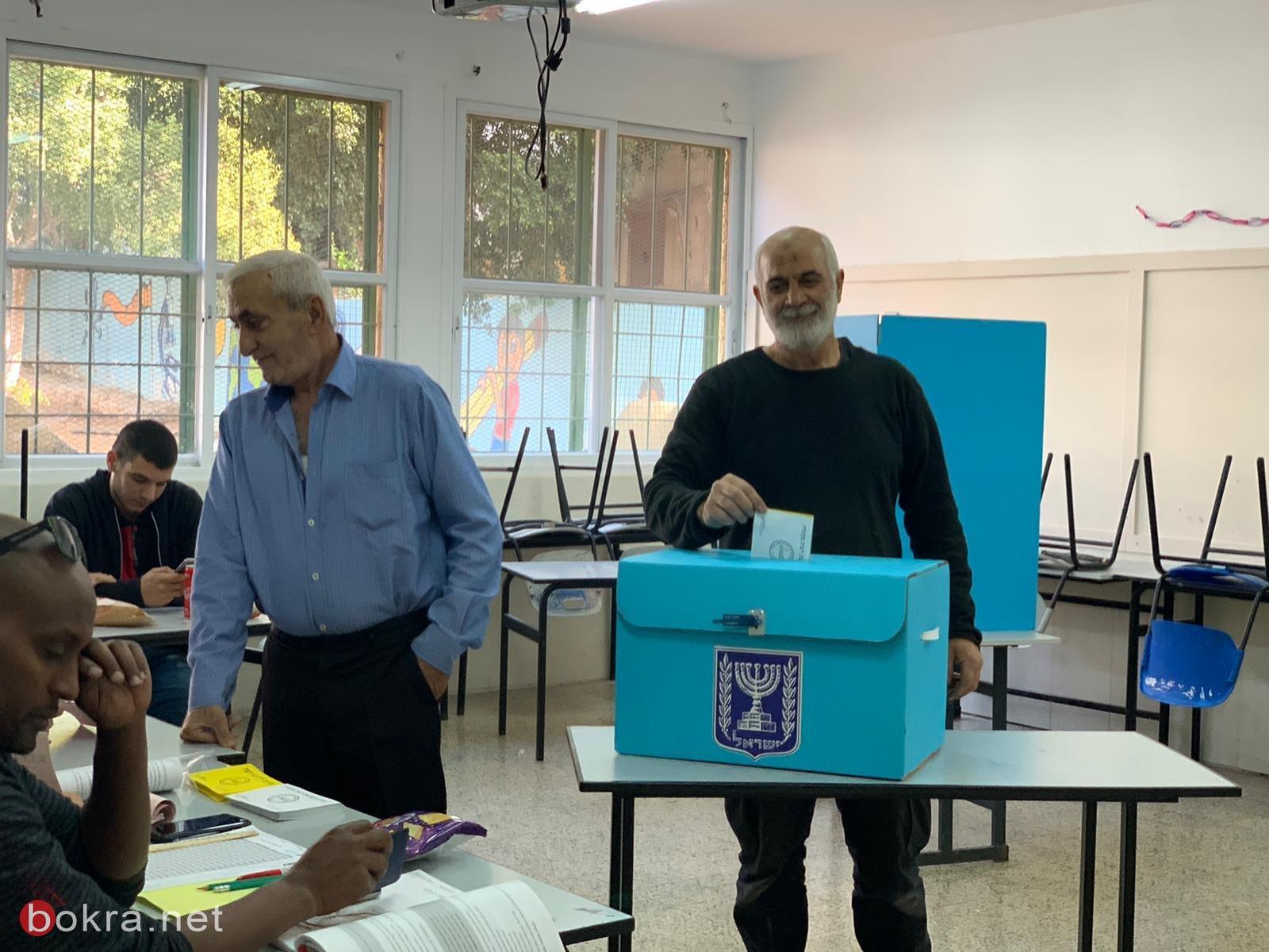 الانتخابات جارية في الطيبة، باقة وجت .. نسب التصويت منخفضة رغم شدة المنافسة