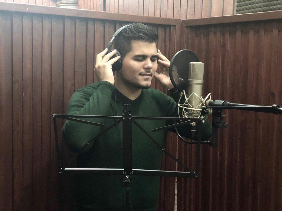 النجم امير دندن يستعد لإطلاق أغنية رومانسية جديدة
