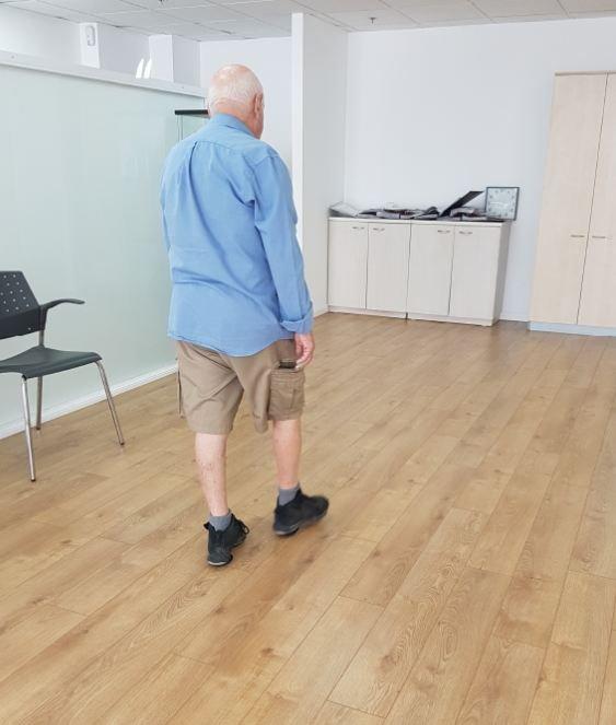 علاج جديد ينهي آلام الظهر والركبتين دون عملية ولا أدوية