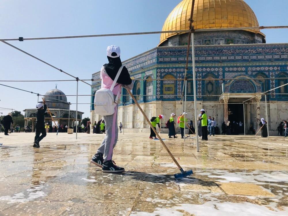 الحركة الاسلاميه: آلاف المتطوعين الآن يشاركون في معسكر القدس اولا العاشر.