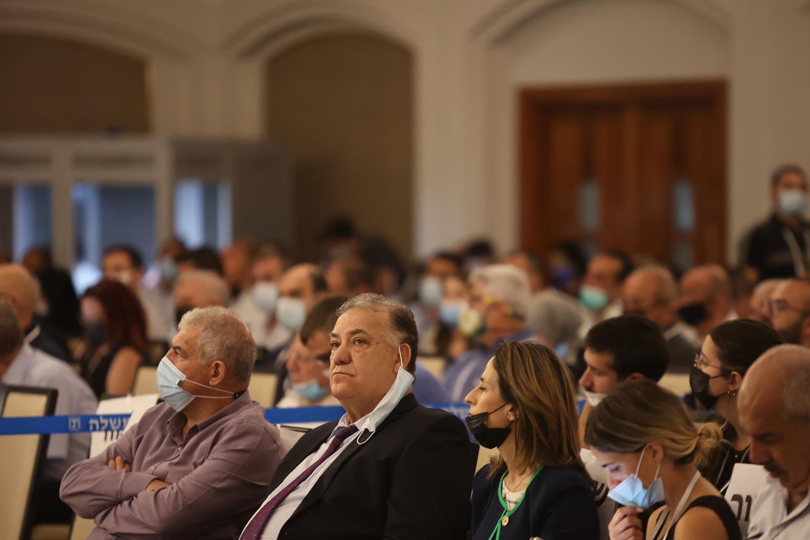 مشاركة كبيرة ومحاضرات هامة في المؤتمر الاقتصادي للمجتمع العربي بالناصرة-1
