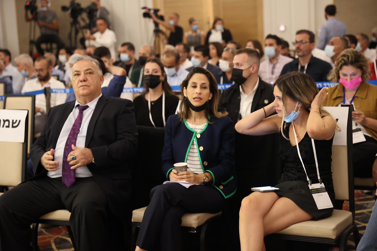 مشاركة كبيرة ومحاضرات هامة في المؤتمر الاقتصادي للمجتمع العربي بالناصرة-3