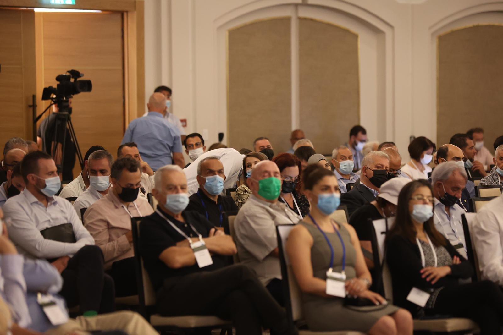 مشاركة كبيرة ومحاضرات هامة في المؤتمر الاقتصادي للمجتمع العربي بالناصرة-5