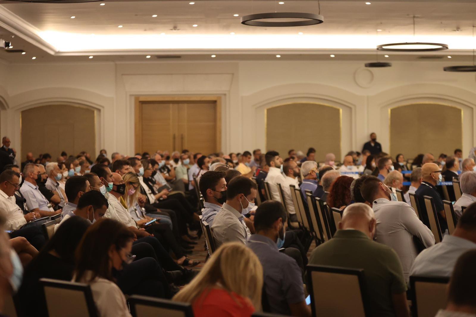 مشاركة كبيرة ومحاضرات هامة في المؤتمر الاقتصادي للمجتمع العربي بالناصرة-6