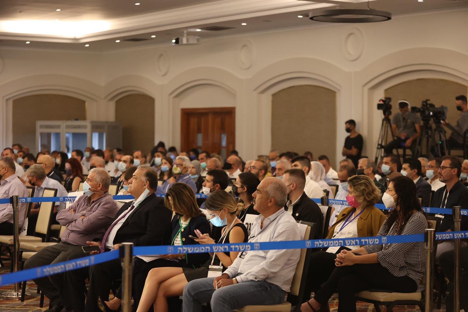 مشاركة كبيرة ومحاضرات هامة في المؤتمر الاقتصادي للمجتمع العربي بالناصرة-12