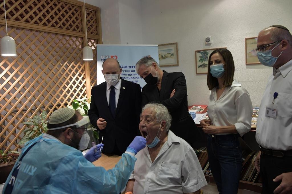 بينيت: اللقاح الثالث لكورونا قريبًا-0