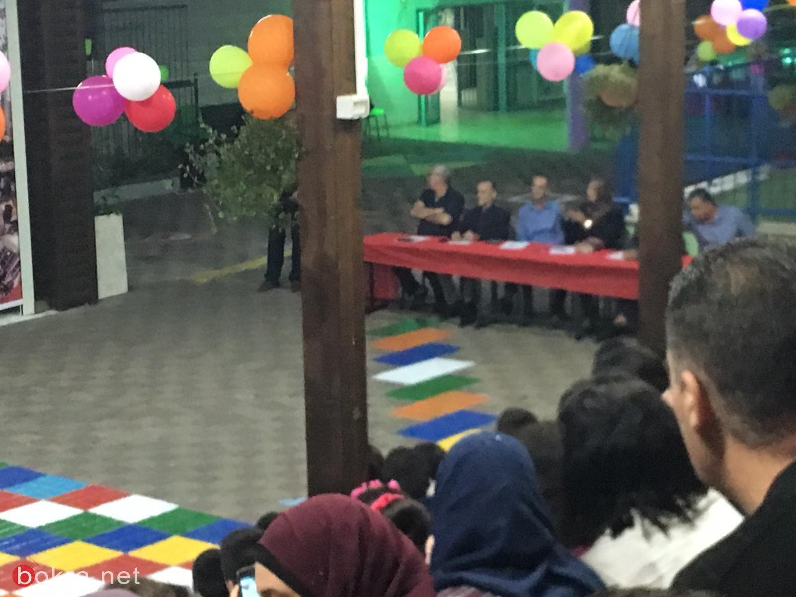 سخنين: أمسية ثقافية فرسانها طلاب مدرسة الصفا. ..في مدرستنا مهارات تَنْسِجُ الإبْداعات