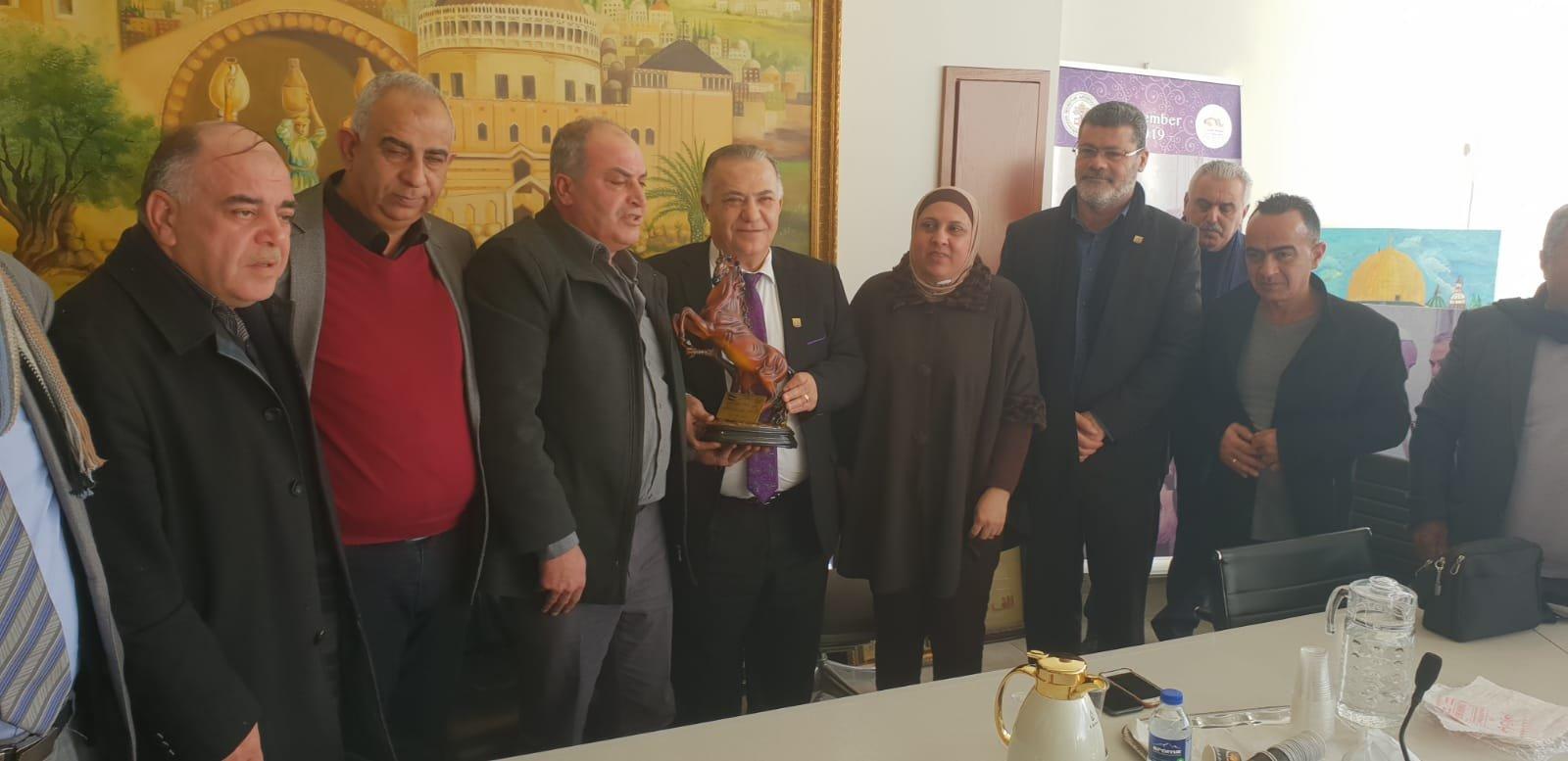 رئيس بلدية جنين فايز السعدي وأعضاء بلدية يزورون بلدية الناصرة-2