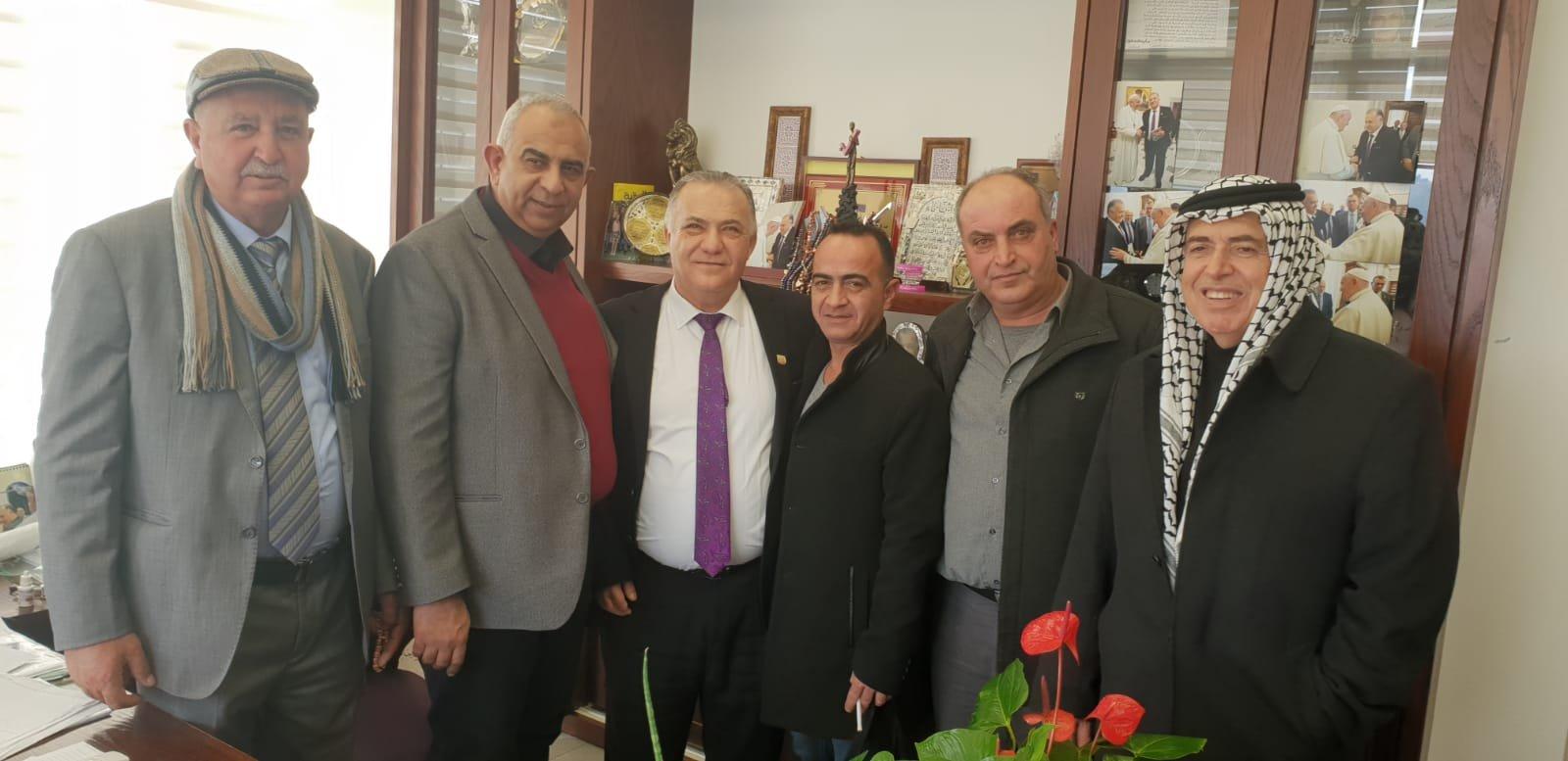 رئيس بلدية جنين فايز السعدي وأعضاء بلدية يزورون بلدية الناصرة-4