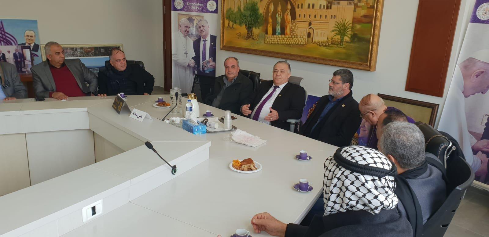 رئيس بلدية جنين فايز السعدي وأعضاء بلدية يزورون بلدية الناصرة-6