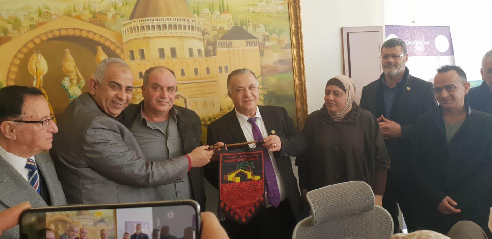 رئيس بلدية جنين فايز السعدي وأعضاء بلدية يزورون بلدية الناصرة-19