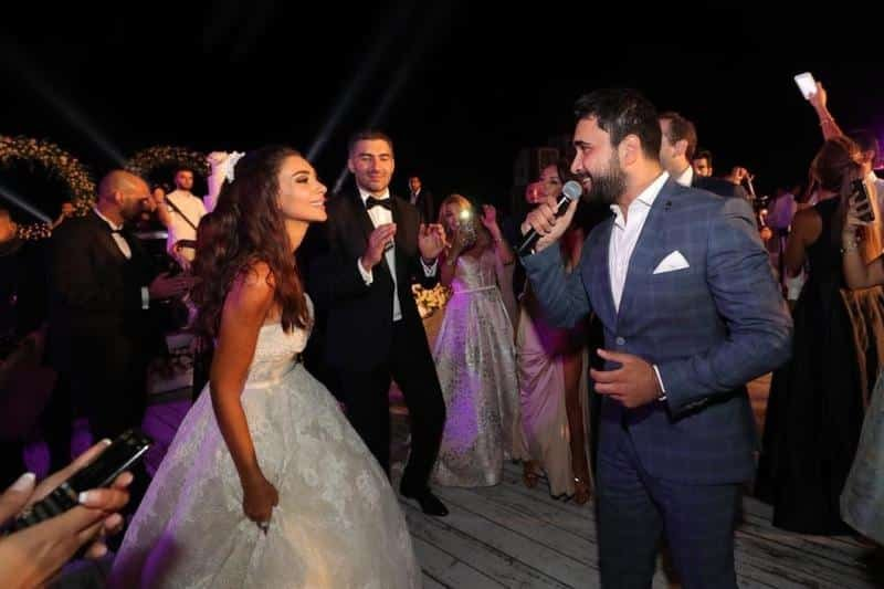 زفاف مذيعة mbc بشكل مفاجئ بحضور النجوم