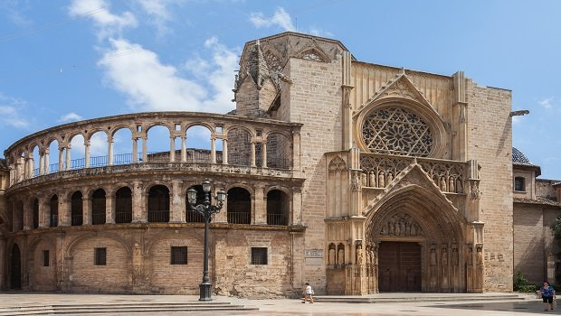 تعرفوا على مدينة فالنسيا وجهة سياحية جذابة في اسبانيا-4