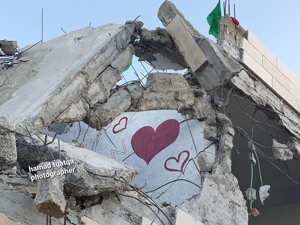 قوات الاحتلال تهدم 4 منازل في بيت كاحل بمحافظة الخليل