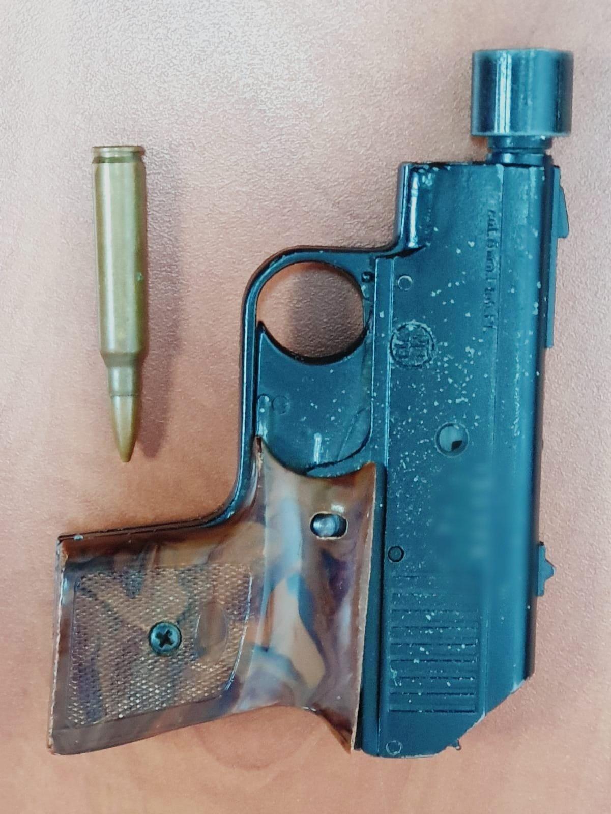 هذه الأسلحة التي ضبطتها الشرطة في بلدات عربية الاسبوع الماضي