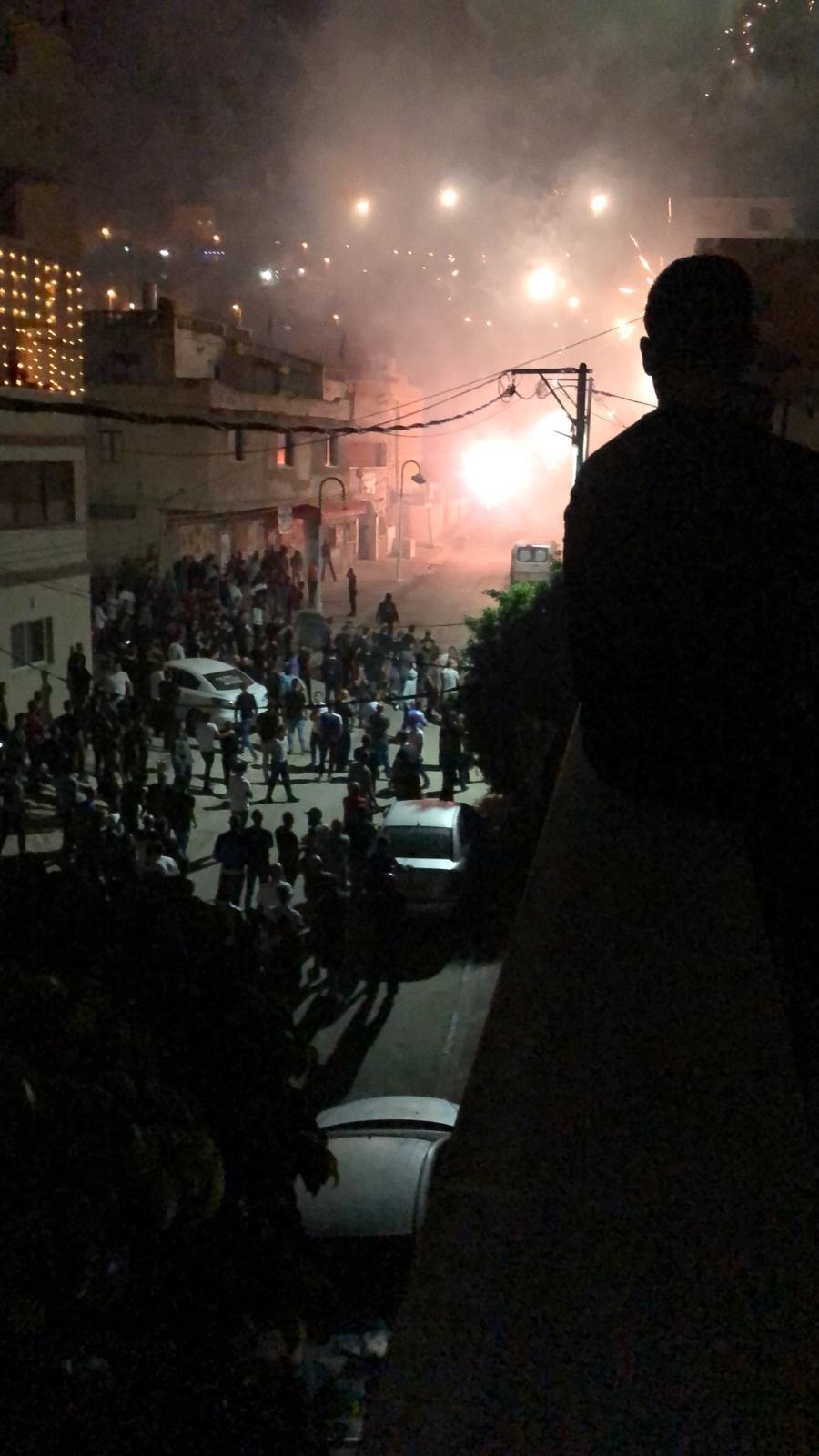 الشرطة: شجار كفر مندا بالأمس شارك فيه المئات .. واعتقلنا 16 مشتبهًا
