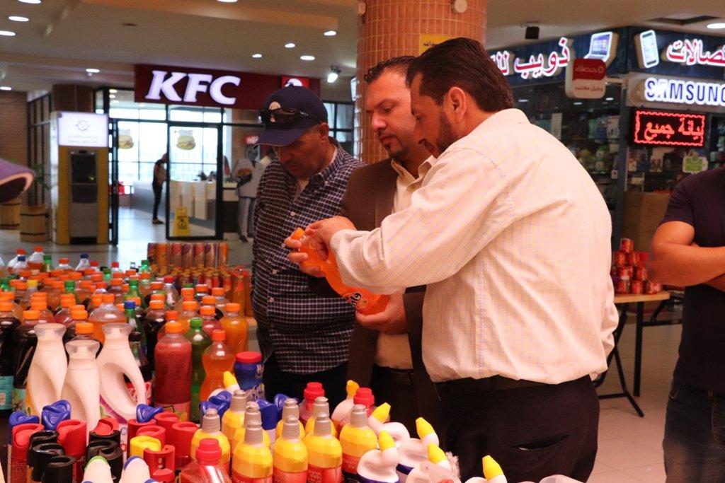 اتلاف مواد غذائية وتنظيف من قبل بلدية بيت لحم