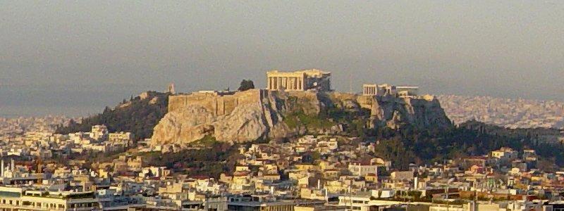 السياحة في اليونان لإجازة محدودة الميزانية