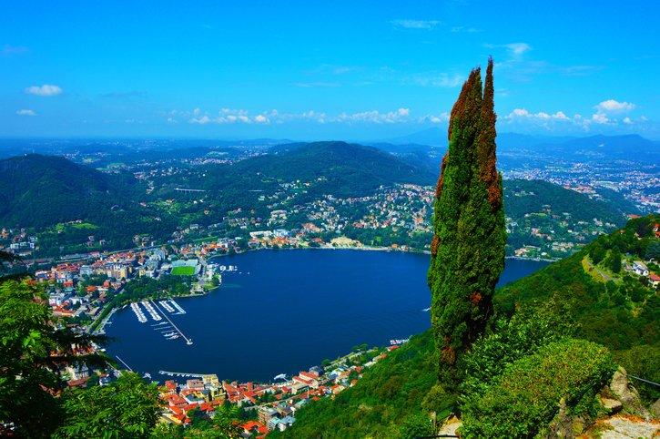 كومو... جنّة البحيرات ووجهة الاثرياء في ايطاليا