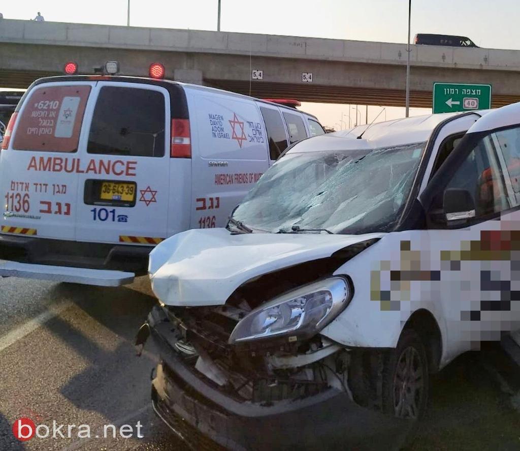 إصابات متفاونة جرّاء حادث طرق مروّع على شارع 25 في النقب