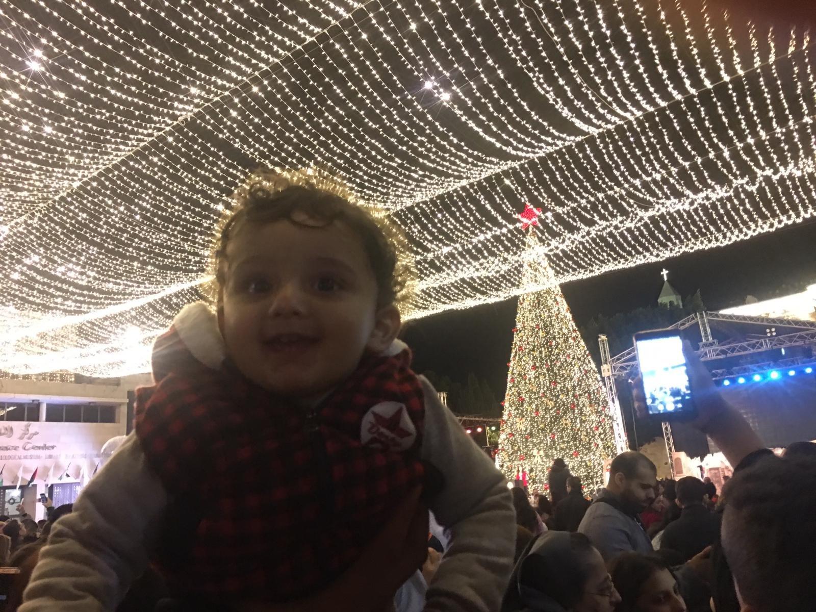 الاحتفال بإضاءة شجرة الميلاد في بيت لحم-3