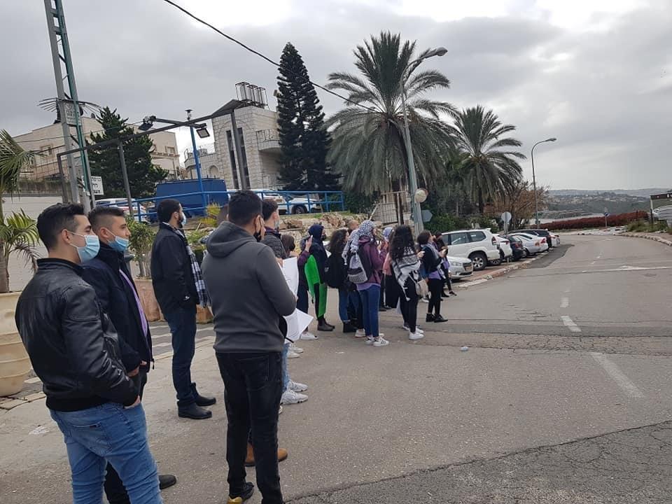 ام الفحم: طلاب الاهلية يتظاهرون ضد العنف والجريمة