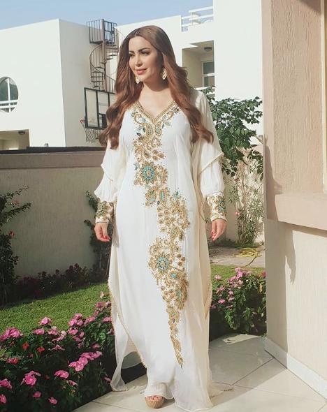 أزياء رمضان 2019 بأسلوب نسرين طافش