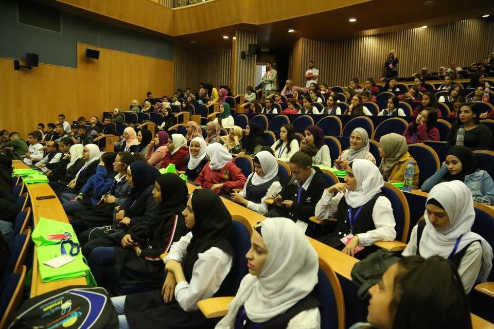 انطلاق منتدى الشبابي المقدسي الاول بمشاركة 400 شاب وشابة مقدسين