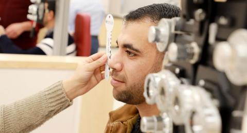 الجامعة العربية الامريكية تعلن البدء بتدريس برنامج دكتور بصريات