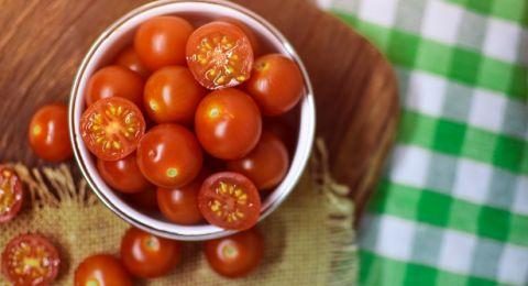 فوائد الطماطم للبشرة... لهذا لن تستغني عنها بعد اليوم