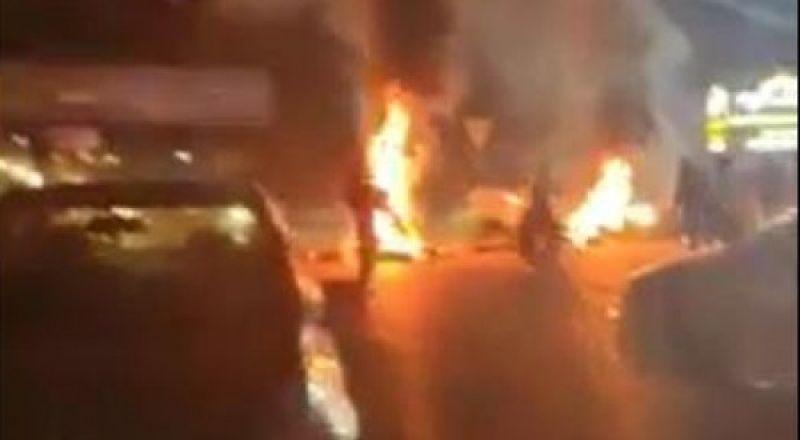 احتجاجات بأريحا وإغلاق شوارع وحرائق بسبب نقل مصابي (كورونا) للمدينة