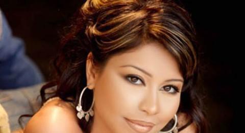 شيرين: انا مستعدة للرقص امام محمد مرسي