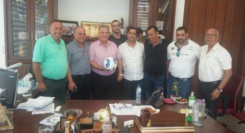ادارة فريق اخاء الناصرة تهنئ بالبلدية الجديدة