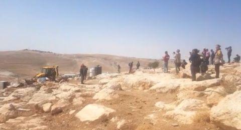 عباس يدين الاعتداءات الإسرائيلية على الخان الأحمر