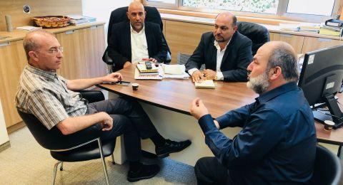 نواب الحركة الإسلامية في القائمة المشتركة يطرحون قضايا المجتمع العربي أمام مدير عام مؤسسة التأمين الوطني مئير شبيغلر