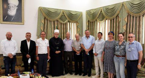 إدارة المركز الطبيّ باده - بوريا تلتقي بالشيخ موفق طريق - الزعيم الروحيّ للطائفة الدرزية