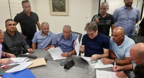 نقل عمال قسم النقل البحري للعمل ضمن شركة موانئ اسرائيل التي ستعمل بشكل حصري على سحب وتوجيه السفن