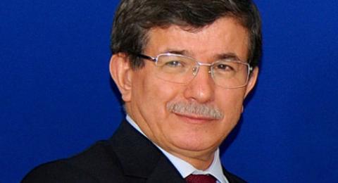 الحزب الحاكم في تركيا يطرد زعيمه السابق والأخير يهدد بفضح اردوغان