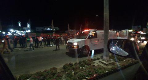 رهط: شجار عنيف وإصابة سيدة ورجل بإطلاق نار ودهس