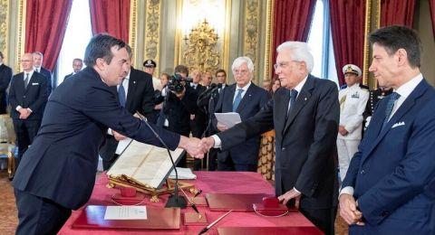 إيطاليا.. تعيين زوج صحفية مغربية وزيرا