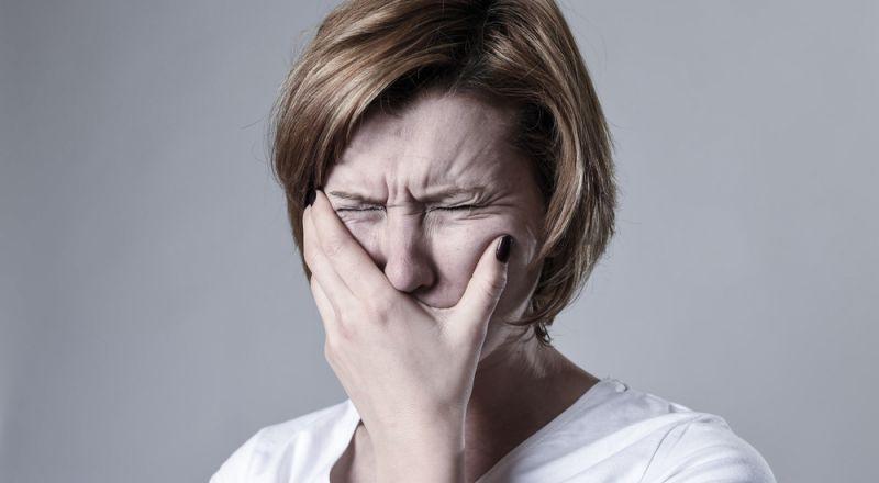 علامات على الوجه تنذر بالإصابة بسرطان الرئة!