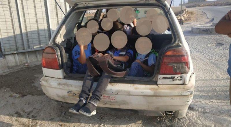 حدث في الخليل.. طفل يقود سيارة غير قانونية بها 16 طفلا