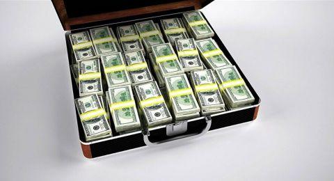 أكثر 7 طرق يهدر معظم الناس بها أموالهم