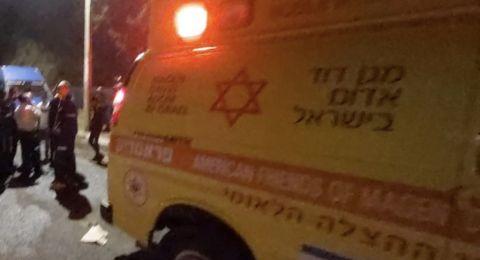 تل ابيب: اصابة خطيرة لشاب اثر تعرضه للطعن