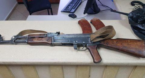 تسليم86 مسدسا وبندقية في اطار حملة جمع الاسلحة غير المرخصة